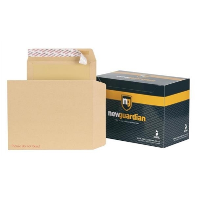New Guardian Envelopes Heavyweight Board Backed Peel and Seal Manilla 318x267mm [Pack 125]